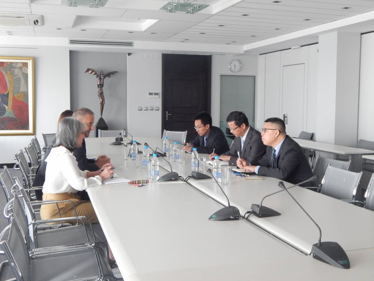 BIA'S management meets representatives of the Chinese embassy